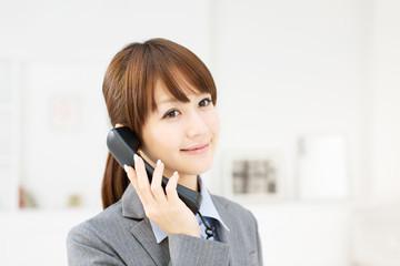 オフィス向けひかり電話の選び方として3つのポイントをまとめました。